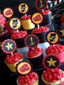 6e407fb6ceb2202a5a705a673217a7a0--cupcake-ideas-cupcake-toppers